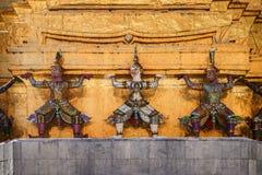 Detail van een kolom in Royal Palace in Bangkok Thailand stock foto