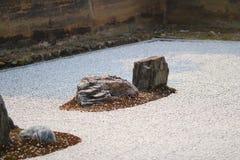 Detail van een rotstuin bij de tempel Ryoan -ryoan-ji in Kyoto, Japan Stock Foto