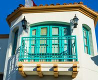 Detail van een turkoois balkon in Los Angeles royalty-vrije stock afbeeldingen