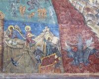 Detail van geschilderde kerk bij voronetklooster stock fotografie