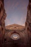 Detail van het binnenland van de Abdij van San Galgano, Toscanië Stock Foto