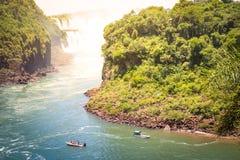 Detail van Iguazu-Daling van watervalmirador van Isla San Martin royalty-vrije stock foto's