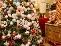 Detail van Kerstboomhoogtepunt van Snuisterijen Stock Fotografie