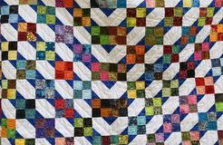Detail van kleurrijk dekbed Stock Fotografie