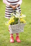 Detail van Meisje in Tuin Royalty-vrije Stock Afbeeldingen