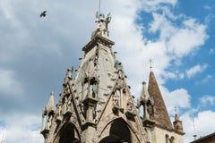 Detail van Scaliger-Graven, Arche Scaligere van Cansignorio - Verona Italy stock foto's