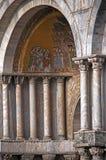 Detail van St Tekenkathedraal in Venetië Itay stock foto
