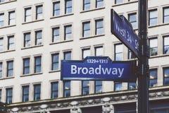 Detail van 34ste de Straattekens van Broadway en van het Westen en het inbouwen van Th Royalty-vrije Stock Foto