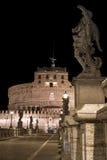 Detail van vesting en standbeeld in Rome. Stock Foto