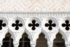 Detail van voorgevel van het paleis van de Doge in Venetië royalty-vrije stock afbeeldingen