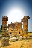 Detail von alten ruinierten Gebäuden bei Hierapolis Stockfotos
