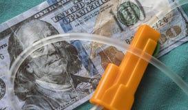 Detail von Gummis einer Berieselungsausrüstung im Dollar stockfotos