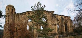 Detail von Ruinen gotischen Oybin-Klosters in Deutschland Stockbild