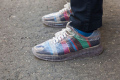 Detail von Schuhen Milan Men-` s an der Mode-Woche Stockbild