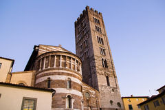 Detailaußenansicht von Lucca-Kathedrale Stockbild