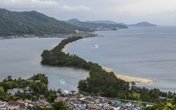 Detailmening over Amanohashidate 'Hemel Brigde 'met Miyazu-Baai in een groen Landschap Miyazu, Japan, Azi? stock foto