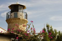 Details Architektur der im Freien eines alten Leuchtturmes von Zypern Stockfotos