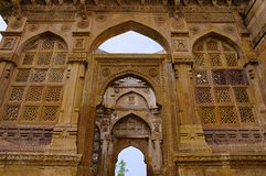 Details of carvings on the outer wall of Jami Masjid Mosque, UNESCO protected Champaner - Pavagadh Archaeological Park, Gujarat,. India. Dates to 1513 stock photography
