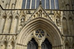 Details der Fassade York-Kathedrale, auch genannt York-Münster lizenzfreies stockfoto