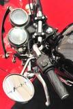 Motorradkontrollen - nahe hohe Details Stockfotos