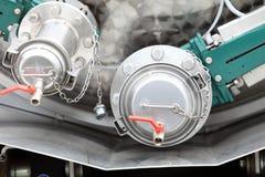 Details der neuen Abwasser-LKW-Ausrüstung, Industrieventile Stockbilder