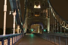 Details der Turm-Brücke London nachts Stockbilder