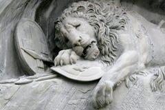 Details des Löwes von Luzern in der Schweiz Stockbilder
