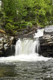 Details des schönen Wasserfalls Stockfotos