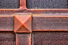 Details des Struktur- und Dekorationsschmiedeeisentors Weinlesemetallkupferne Farbbilder Dekoratives Quadrat und lizenzfreie stockfotografie