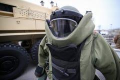 Details eines milit?rischen sch?tzenden Kost?ms der EOD-Kampfmittel-Beseitigung lizenzfreies stockfoto