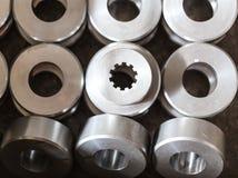 details Joints en acier, rouleaux, bagues, après rotation Un pi Photos libres de droits