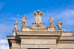 Details of the statues on the walls that surround St. Peter's Sq royalty free stock image