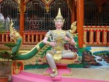 Details van beeldende kunsten bij Boeddhistische tempel Stock Afbeeldingen
