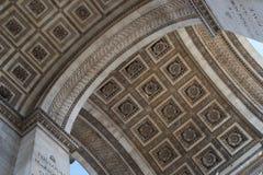 Details van dak van Arc de Triomphe, Parijs, Frankrijk stock afbeeldingen