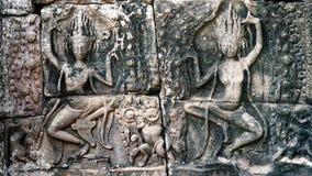 Details van een muur in een oude tempel in Angkor Wat Stock Foto's