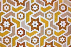 Details van marmeren oppervlakte met steeninlegsel. Stock Afbeelding