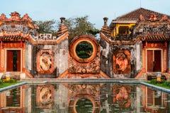 Details van Moedertempel Chua Ba Mu in Hoi An, Vietnam stock foto's