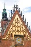 Details van stadhuis Wroclaw Stock Afbeeldingen