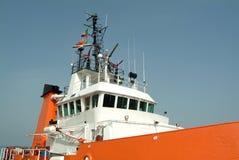 Details van vrachtschip dat in haven wordt vastgelegd royalty-vrije stock fotografie