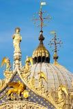 Detalha o palácio ornamentado do Doge. Veneza, Italy Fotografia de Stock Royalty Free