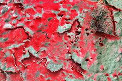 Detalhado perto acima da superf?cie da casca colorida pulverizou a pintura em muros de cimento resistidos fotografia de stock
