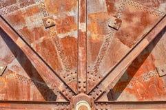 Detalhe velho da roda da maquinaria industrial fotos de stock royalty free