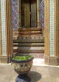 Detalhe arquitetónico de um templo tailandês, Banguecoque fotos de stock royalty free