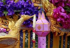 Detalhe asiático do festival da flor de flutuador fotografia de stock