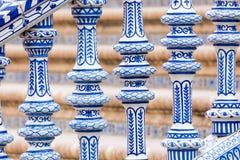 Detalhe azul da balaustrada de Plaza de Espana em Sevilha, a Andaluzia, Sp Imagem de Stock Royalty Free