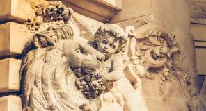 Detalhe da arquitetura da fachada do palácio da descoberta imagem de stock royalty free