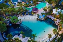 Detalhe da associação do ` s do hotel de Marriott do paraíso dos surfistas no ouro Imagem de Stock Royalty Free