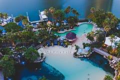 Detalhe da associação do ` s do hotel de Marriott do paraíso dos surfistas no ouro Foto de Stock Royalty Free
