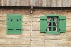 Detalhe da cabana rústica de madeira Fotos de Stock Royalty Free
