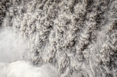 Detalhe da cachoeira de Detifoss de água corrente selvagem Imagem de Stock